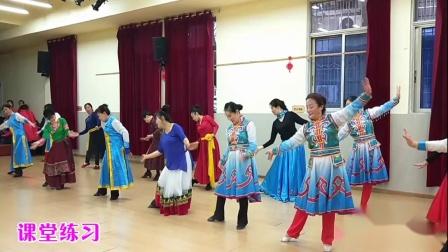 重庆李明琼原创蒙古舞《今夜草原有雨》正反演示,学生课堂练习