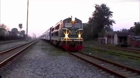 NY7型内燃机车牵引T9次(我猜的)「北京西-重庆北」鸣笛发车 001