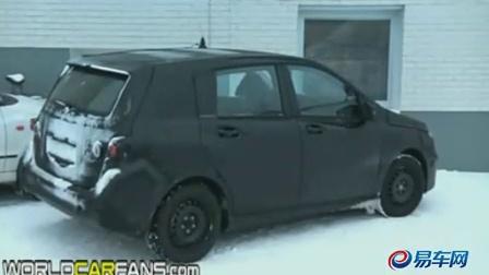 2012款梅赛德斯奔驰B级车冬季测试视频