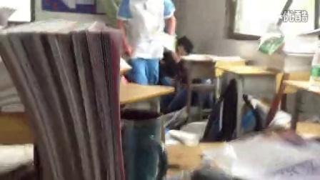 [拍客]东方明珠学校高一(18)班遭遇龙卷风现场视频