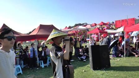 贵州流浪歌手陈思念团队歌手阿雄-单身歌