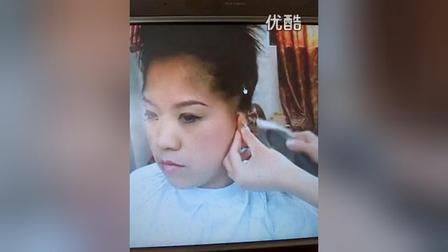 靓女剃光头精彩开始了 广大网友们马上立即观看_高清_标清
