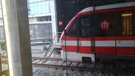 南京地铁2号线(065066)油坊桥折返。