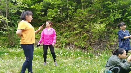 珍珠山庄一展歌喉~阿龙的个人视频
