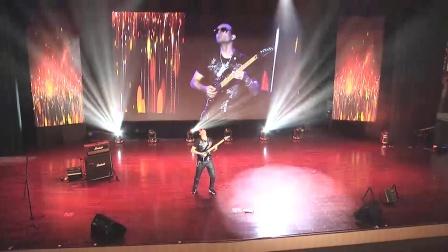 法国职业吉他手Inophis在惠阳现场他的曲目Virus