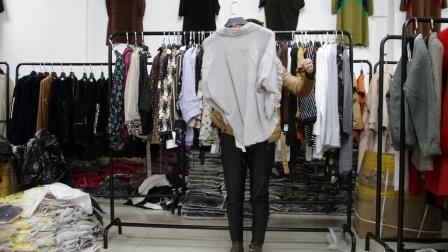精品女装批发服装批发女士时尚春夏秋款长袖小衫走份50件一份,不可挑款零售混批