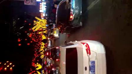 10岁11个月 康辉四川重庆春节景区夜晚游览