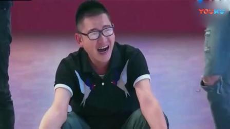 地狱厨神刘一帆与搭档出场秀被众星嘲笑, 做厨师还是比模特好!斩月
