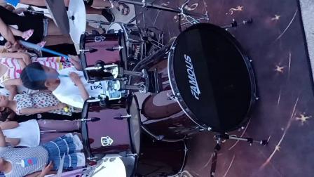 饿狼传说--架子鼓表演VID20180603191145