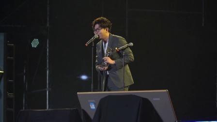 现场:亚洲音乐盛典许魏洲斩获大奖 感谢粉丝支持