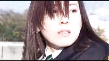 日本美女长发剪短剪影