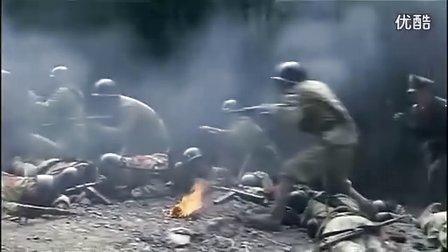 我军战士三次倒下后,敌兵上前查看