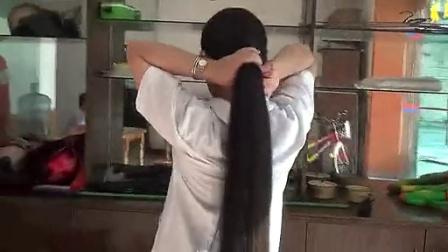 妇科医生剪柔顺长发