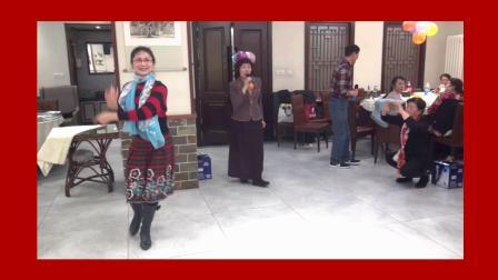 女声独唱《吐鲁番的葡萄熟了》片段