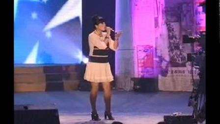 朱桦《月亮代表我的心》现场演唱(2009年)