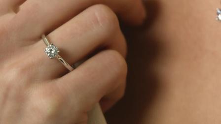 0.50克拉四爪圆形白金单钻戒指