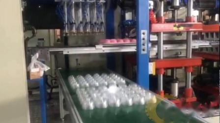 全自动机械手杯盖自动捡拾堆叠