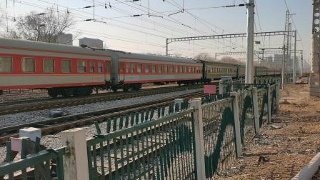 20201221_124729 济局济段HXD3D-0303牵引K412次(威海-北京)柳村线路所2道通过