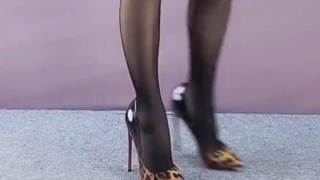 时尚高跟鞋日常穿搭