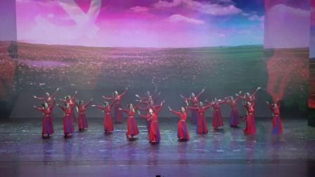 5 、广场舞《敬爱的毛主席》