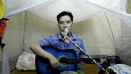 超牛打工仔董俊良吉它弹唱自己在工厂上班时写的一首超感动人的原创歌曲,打工真的很辛苦,送给各位朋友
