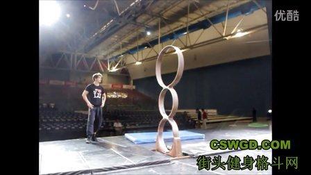 非常厉害的中国杂技演员幕后杂技功夫训练表演集锦