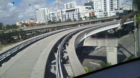 【6岁半】2-9哈哈抵达迈阿密第一天,免费轻轨漫游VID_103030