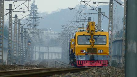 【轨道车】皋埠站,56701接近,作业完毕!