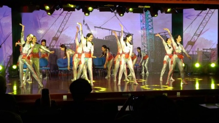 舞 蹈《 似 水 年 华 》表 演 扬子石化老年大学