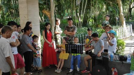 葫芦丝演奏《伴君常开花一朵》2019年7月深圳宝安福永凤凰山森林公园