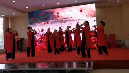 河南扶沟老干部舞蹈队葫芦丝演奏《映山红、军港之夜、阿瓦人民唱新歌》