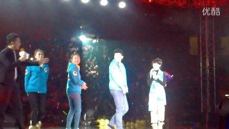 20121208天翼演唱会互动环节和《如果没有你》