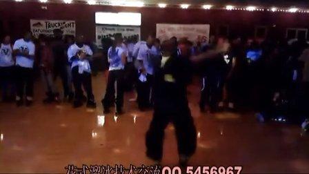 【中国花式溜冰联盟】jamskating旱冰轮滑轮舞-最简单的花式旋转