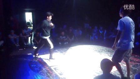 2013Free Style hainan街舞大赛十周年8进4 Lilyang vs 小瑜