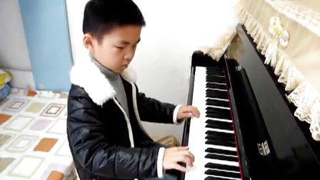 子涵弹钢琴2012