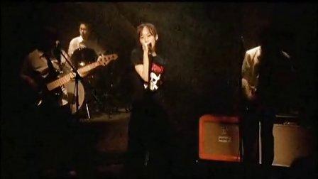 (2005.02.16)三枝夕夏 IN db - 飛び立てない私にあなたが翼をくれた