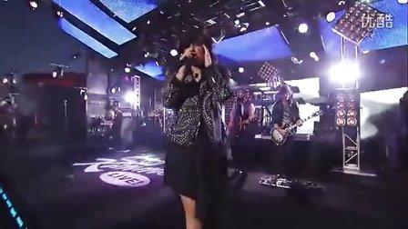 【邓羽】Demi Lovato激情首秀好听新单Heart Attack 超清