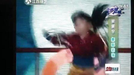 最强7岁萝莉版潇洒小姐,超炫!