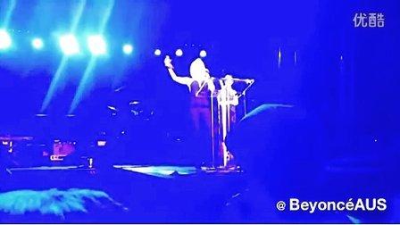 Lady Gaga singing the US National Anthem at NYC Pride