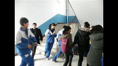 洛阳时代外国语学校消防安全演练视频