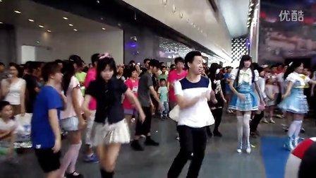 2013CCG舞蹈进化展台2