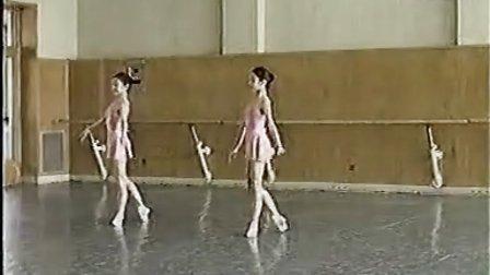 北京舞蹈学院 少儿芭蕾舞 第三级 29