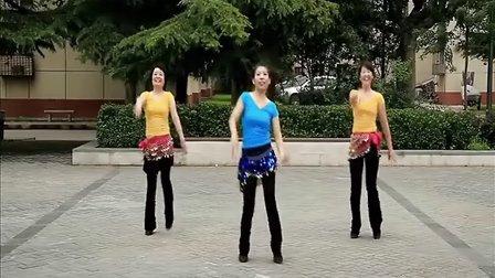 追梦舞蹈队演示《孔雀公主》