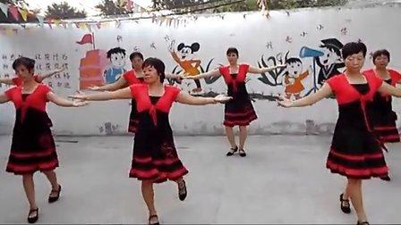 下侯村苗苗幼儿园舞蹈队【火苗】