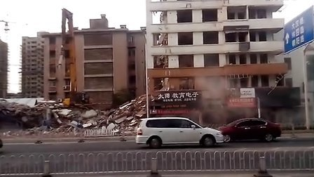 这样拆房子,是否侵害大家的健康?
