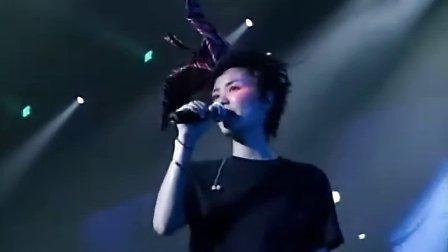 王菲2004全面体演唱会 (2)