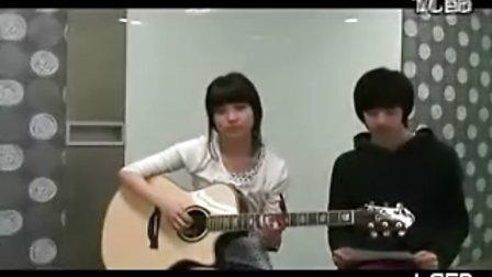 IU和Dara弟弟