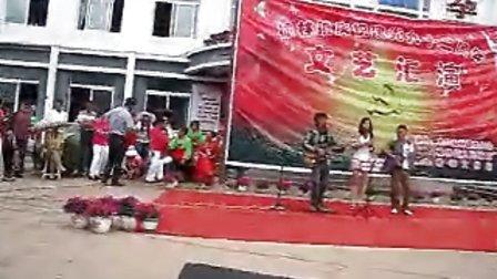 MVI_3833集安老九吉他弹唱九九艳阳天