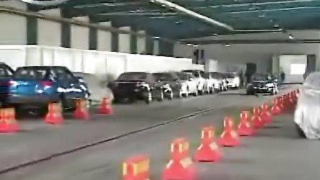 一汽大众迈腾正面40%重叠可变形壁障碰撞试验