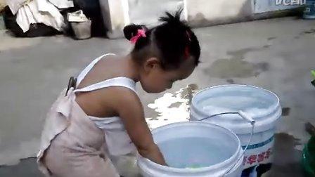 爷爷家玩水